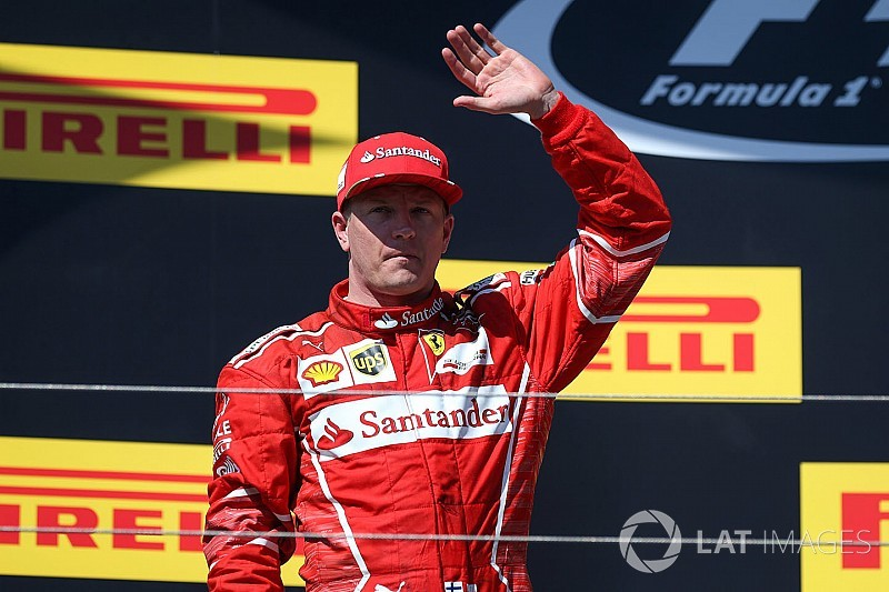 Ezt figyeld: Räikkönen saját karaoke mikrofonja