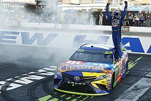 NASCAR Cup Отчет о гонке Кайл Буш прошел во второй раунд плей-офф NASCAR