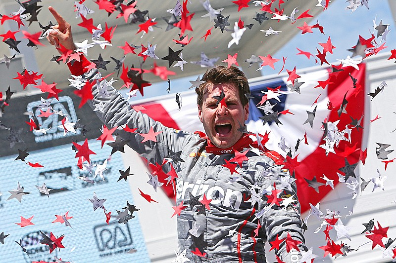 Power holds off charging Kanaan to win in Road America