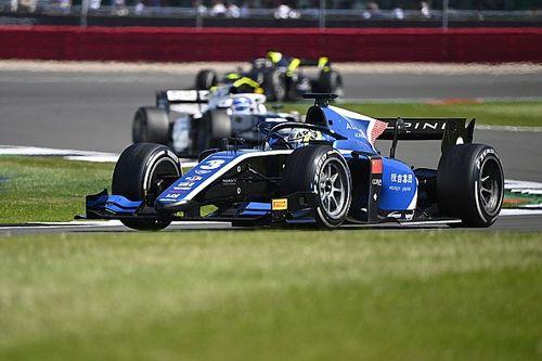 F2, Silverstone: Zhou si riscatta nella Feature Race
