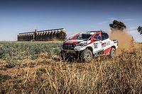 Video: Alonso'nun Dakar aracı Toyota Hilux'ı sürüşü
