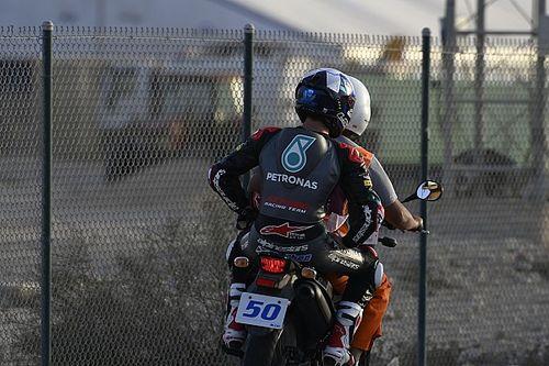 Rissa in pista a Losail: multa e penalità per McPhee ed Alcoba