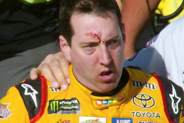 Vechtpartij na de finish van NASCAR-race Las Vegas - video