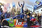 NASCAR Cup Kyle Busch aparece no fim e tira primeira vitória de Elliott