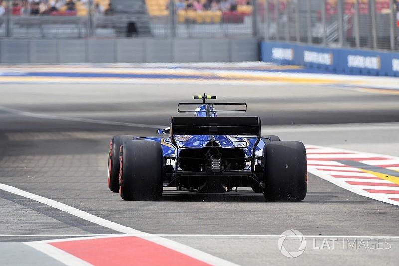 Sauber downforce eksikliği yaşıyor