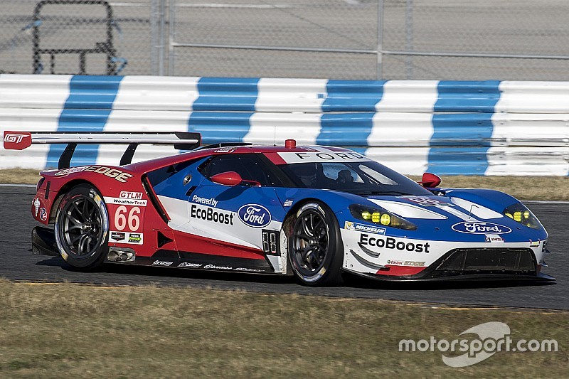 Daytona 24 Hours: Ford, Ferrari lock out GTLM and GTD front rows