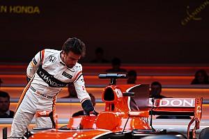 Fórmula 1 Noticias Alonso habló con Mercedes tras la retirada de Rosberg