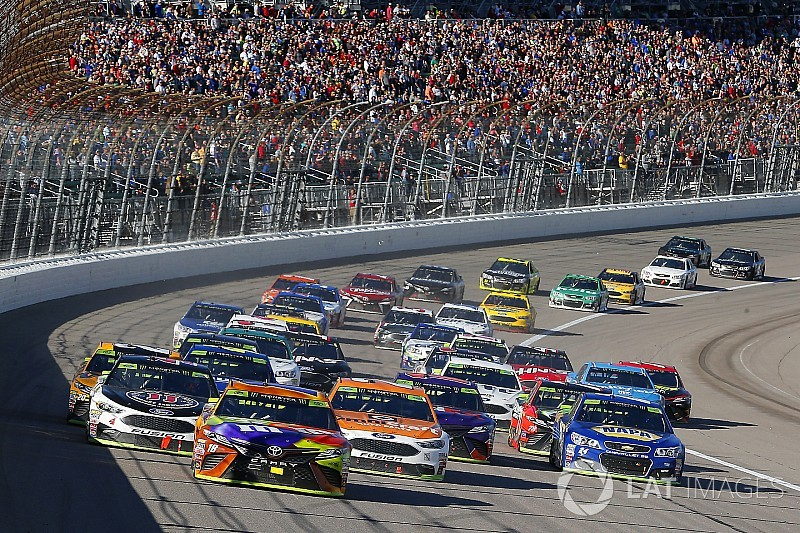 Mission accomplished for Kyle Busch despite missing out on Kansas win