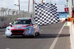 WTCR Crónica de Carrera Tarquini suma su segunda victoria en el WTCR de Marruecos