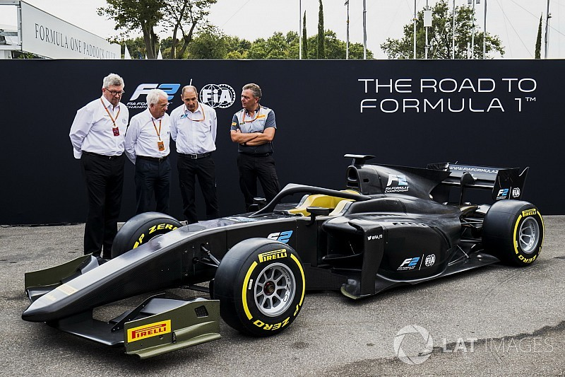 fia-f2-monza-2017-the-new-f2-car-is-unve