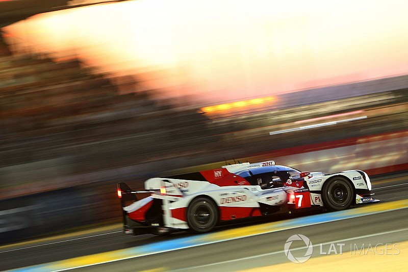 analysis how a hot race could compromise toyota at le mans. Black Bedroom Furniture Sets. Home Design Ideas