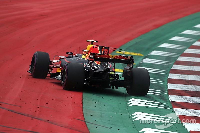 Webber: Kecerobohan Verstappen buat Red Bull tertekan