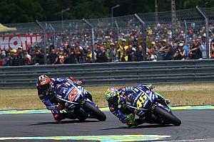 MotoGP Últimas notícias Zerado, Rossi lamenta abandono: