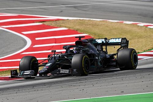 """汉密尔顿:只有车手""""督促""""倍耐力打造更好的F1轮胎"""