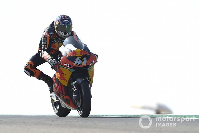 Brad Binder sorprende tutti e centra la prima pole di carriera in Moto2 ad Aragon. Bagnaia è quinto