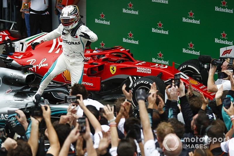 Lewis Hamilton gana en Brasil, Verstappen y Ocon con la polémica