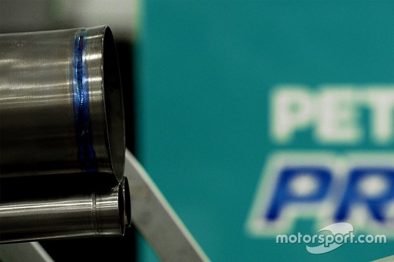 Mercedes offers glimpse of new exhausts