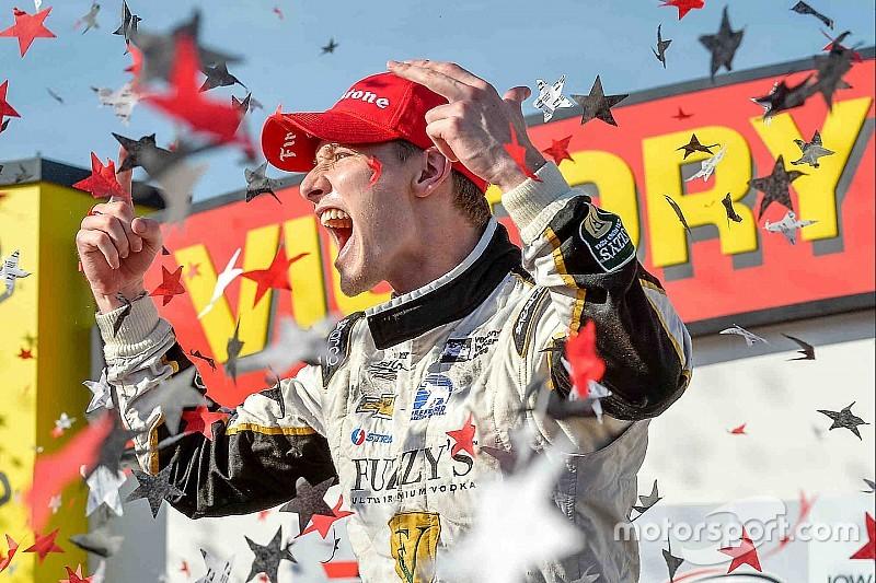 笔记本:Indycar爱荷华300——纽盖顿破领跑圈数记录夺冠