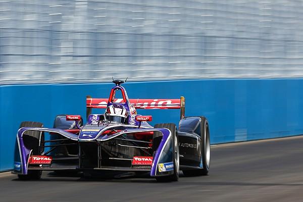 New York ePrix: Lynn takes sensational pole on debut