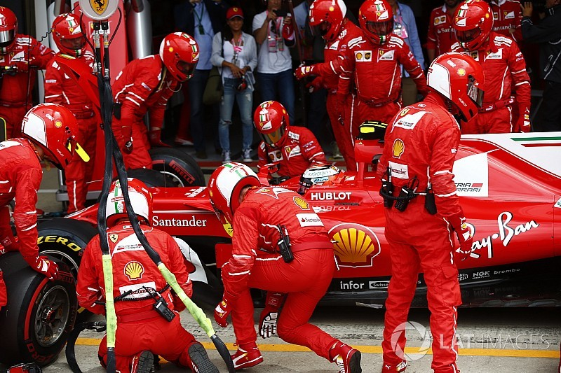 "Raikkonen: ""Everything felt normal"" before tyre drama"