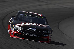 NASCAR Cup Breaking news Bowyer gets bitten by late-race cautions at Michigan