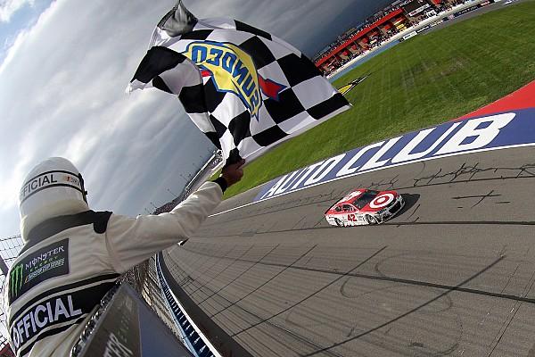 NASCAR Cup Kyle Larson gana en la Auto Club 400; Suárez se mete al Top 10