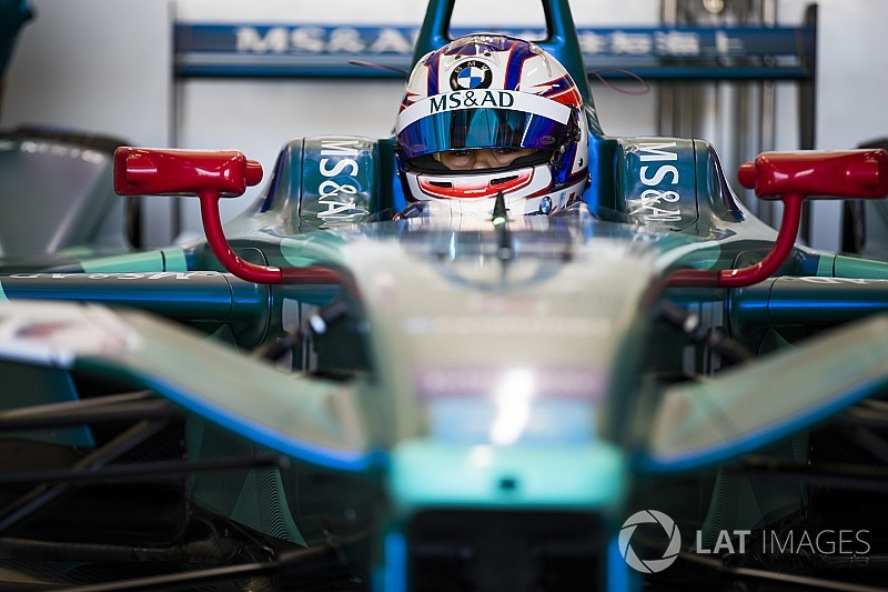 بلومكفيست ينضمّ إلى فريق أندريتي للموسم المقبل من بطولة الفورمولا إي