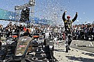 Hinchcliffe regresa al triunfo en Long Beach