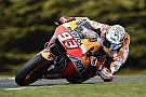 MotoGP Phillip Island, Libere 4: Marquez detta il ritmo, Dovizioso cade