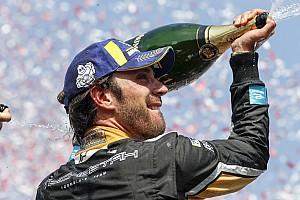 Formule E Nieuws Dubbelslag voor Vergne na spectaculaire strijd in Santiago