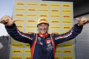 WTCR Breaking news Slovakia WTCR: Tarquini leads Hyundai 1-2 in qualifying