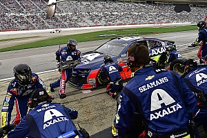 NASCAR Cup Breaking news Problems surface with NASCAR-mandated pit guns at Atlanta