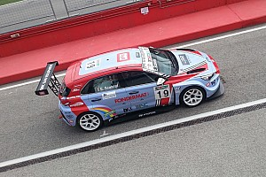 TCR Italia Qualifiche Eric Scalvini centra la prima pole position con la Hyundai ad Imola