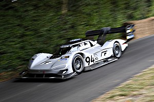 Volkswagen I.D. R Pikes Peak fährt E-Rekord in Goodwood