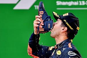 Offrez vos plus beaux shoeys à Daniel Ricciardo!