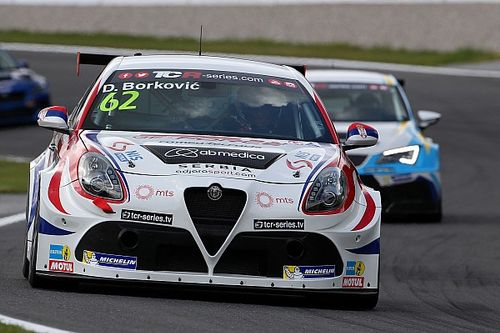 Third 2017 victory for Alfa Romeo Giulietta TCR by Romeo Ferraris