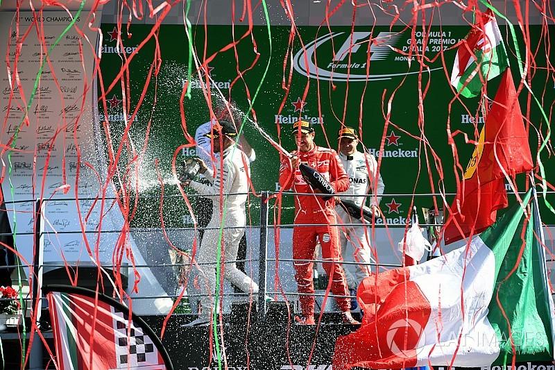 A história por trás da foto: A festa no pódio de Monza