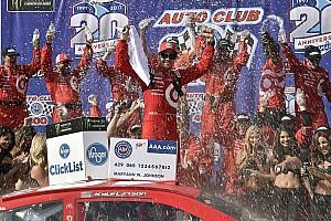 NASCAR Cup Relato da corrida Persistente e dominante, Larson vence em Fontana