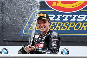 Moto2 Ultime notizie Tarran Mackenzie firma con il Kiefer Racing fino a fine stagione