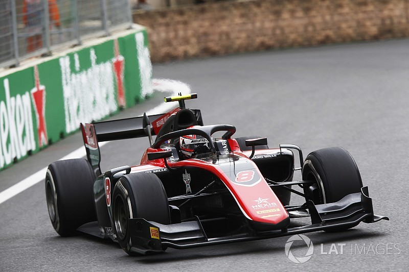 Baku F2: Russell fights back to win sprint race