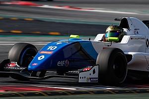 Formule Renault Actualités Shwartzman signe le meilleur temps des essais à Barcelone