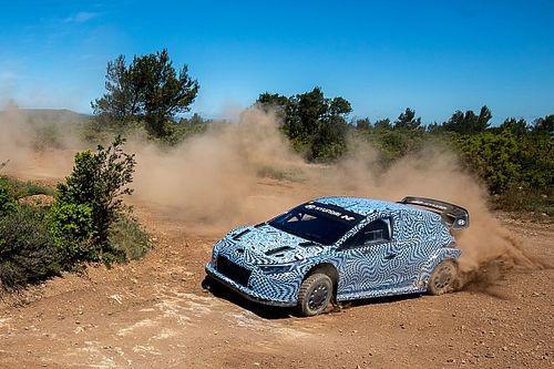 Hyundai revela las primeras imágenes de su coche de Rally1 2022