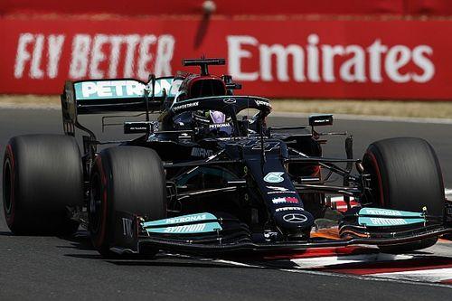 Хэмилтон обогнал Ферстаппена в субботу утром, Шумахер разбил машину
