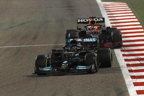 """Verstappen geniet van strijd met Hamilton: """"Hard maar fair"""""""
