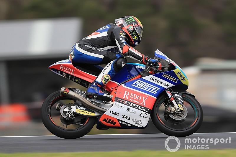 Moto3, Valencia, Libere 3: senza pioggia Bezzecchi guida la tripletta italiana