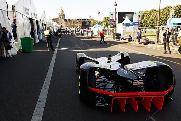 Roborace Actualités La Roborace réalise son premier run public à l'ePrix de Paris