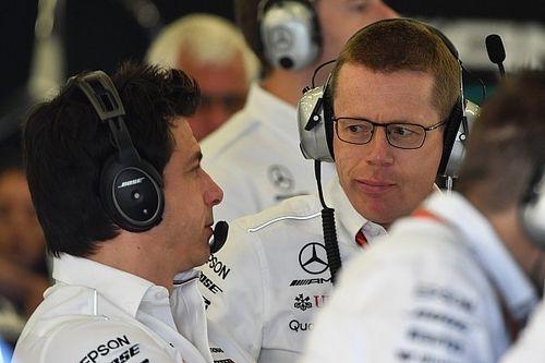 """Mercedes: """"Problemen komen niet door vertrek hoofd motorafdeling"""""""