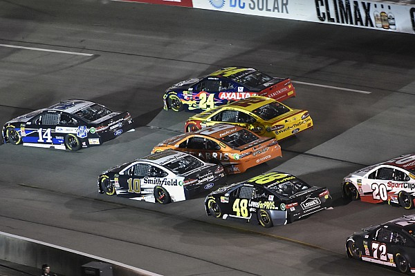 NASCAR Cup Breaking news Clint Bowyer had shot at Richmond win until