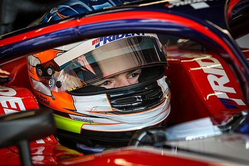 Viscaal to stay with Trident for full F2 season