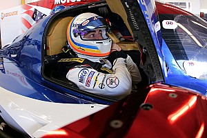 Webber felhívta Alonso figyelmét a 120 km/órával lassabb riválisokra